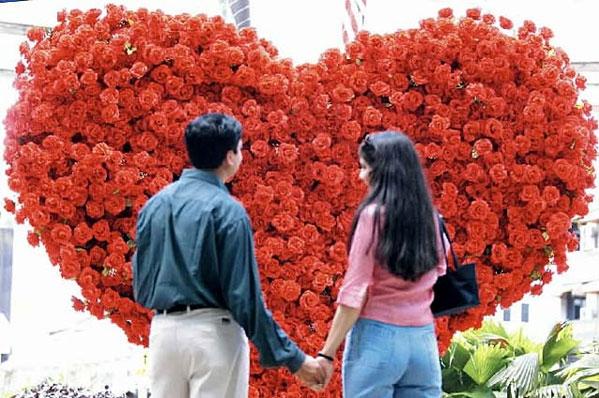 Интересные идеи и сценарии на празднование дня всех влюблённых